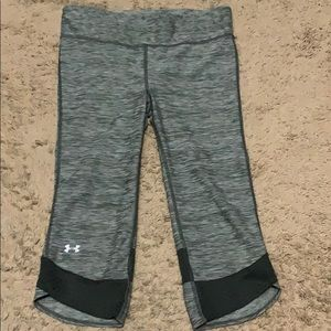 Under Armour workout crops